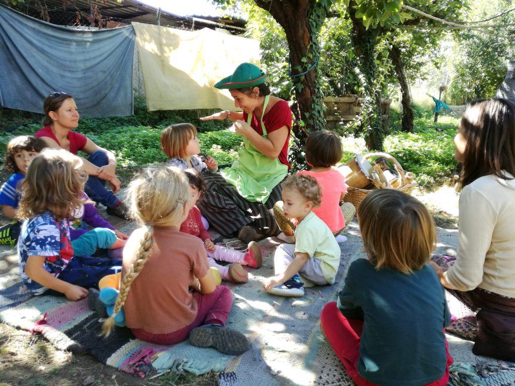 los niños contentos en El Bosque